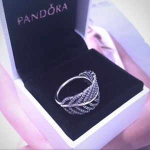 Authentic Pandora Light as a Feather Ring